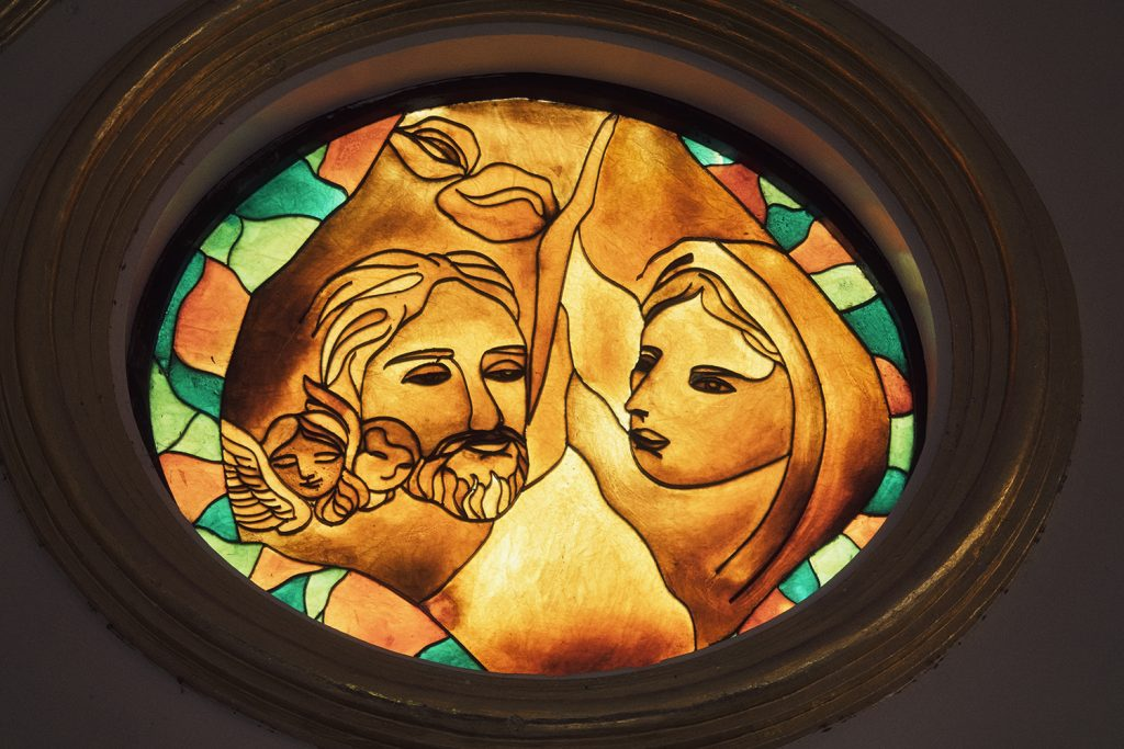 stained glass of Jesus and Mary